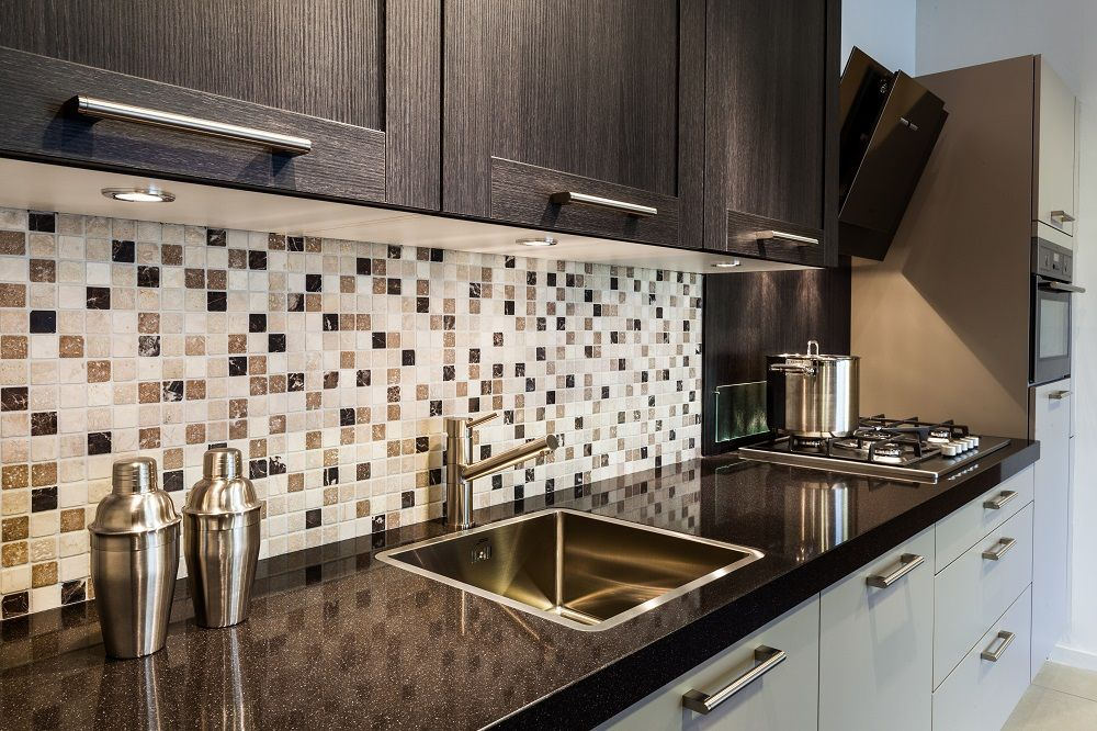 Eiken Keuken Schilderen : Eiken Keuken Schilderen : Donker eiken keuken Kledingkasten Keukens