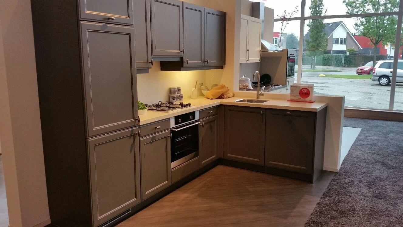 Kleur moderne keukens beste inspiratie voor huis ontwerp - Moderne keuken kleur ...