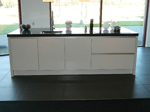 Kastenwand Keuken Inbouwen : van Nederland Gaggenau Keuken met BORA afzuigsysteem [55882